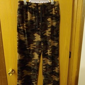 EUC camo microfleece pajama pants M